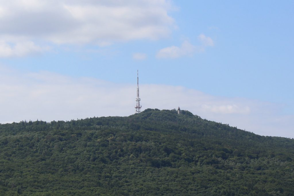 widok z Wieżycy na Ślężę