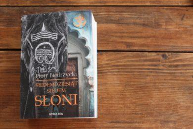 książka Siedemdziesiąt siedem słoni